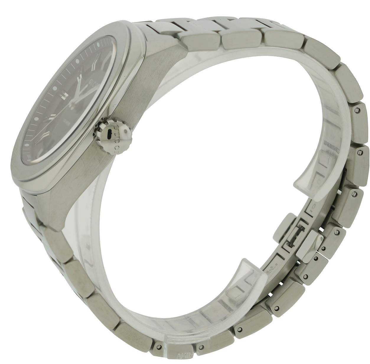 86a0e680ba5 Gucci Stainless Steel Mens Watch YA142201